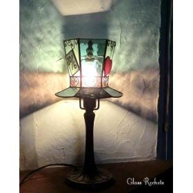 帽子のテーブルらんぷ ステンドグラス アリス マッドハッター 照明