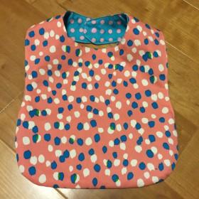 洗濯OK 布製 お食事エプロン リバーシブル ピンク