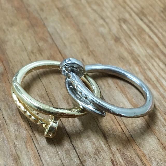 ️即買いok ️送料無料 ️釘 指輪 クギリンク 金 銀 アクセサリー2本セット