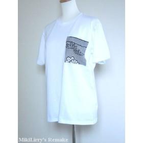 黒色の菊模様がはいったお着物地をポケットパッチしたビッグTシャツ