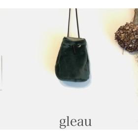 【在庫1あり ︎受注製作】なめらかショートファー巾着バッグ ver.1(GREEN TEA)
