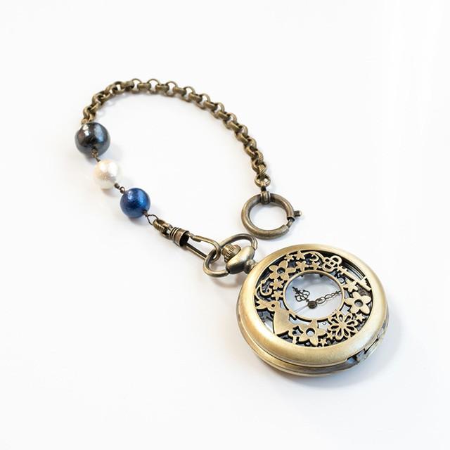 【懐中時計バッグチャーム】花と星とうさぎと鍵のアンティーク調クオーツ式懐中時計+コットンパールバッグチャーム