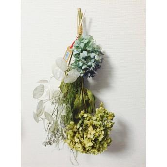 ルナリアと紫陽花と青桐の実のスワッグ