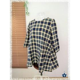 ハーフリネンのフレア裾チュニック