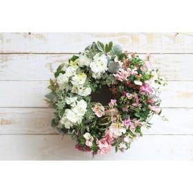 季節の花リース バラ咲きジュリアンとビオラリース
