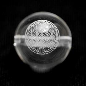 【彫刻ビーズ・彫りビーズ】神聖幾何学模様彫りビーズ フラワーオブライフ 水晶 1粒 14mm