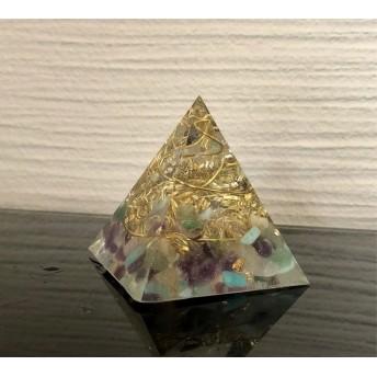 欲張りさんに★ピラミッド型オルゴナイト ミックス