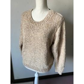 モール糸のシンプルなセーター ベージュ