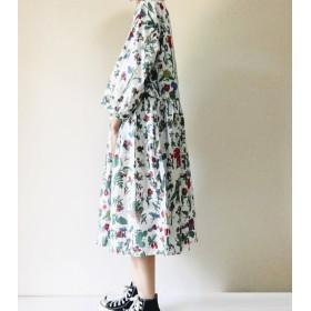 植物図鑑のギャザーワンピース*ゆったり七分袖*花柄*コットン100%*ホワイト