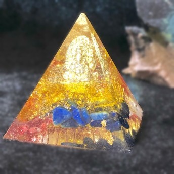 栄光あるガネーシャ☆。 ピラミッド型オルゴナイト