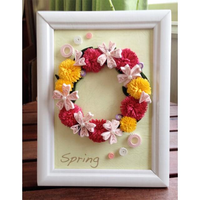 咲き踊る春リース