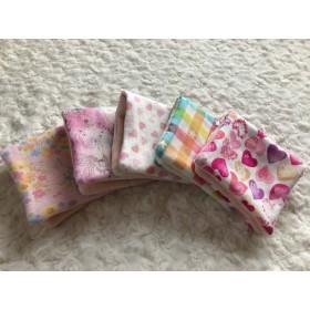 ハーフサイズ女の子pinkシリーズ8重ガーゼのハンカチ 5枚セット