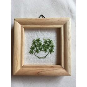 刺繍 ミニフレーム green