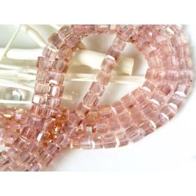 スクウェアガラスビーズ ピンク