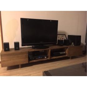オーダー制作のテレビ台