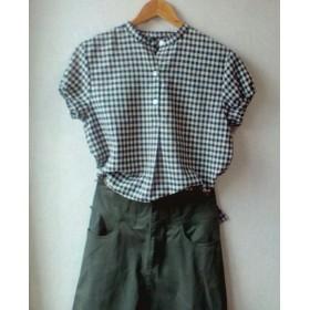 ひかえめパフスリーブのスタンドカラーシャツ リネン チェック