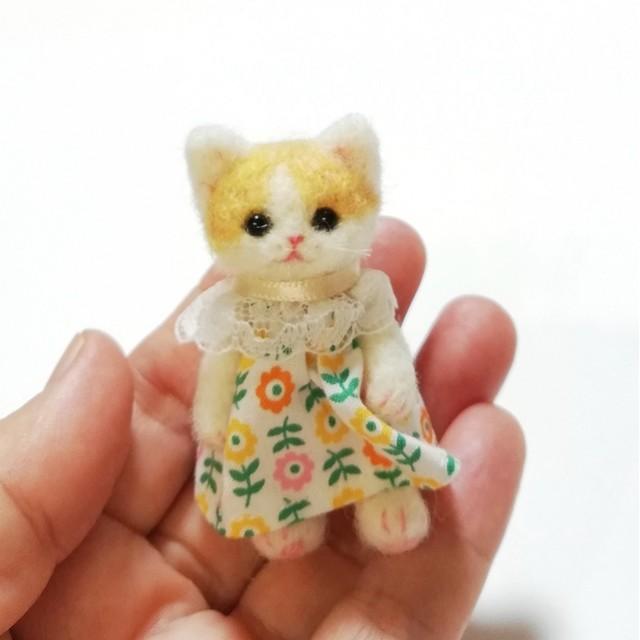 羊毛フェルト猫人形・茶ぶち・テディベアタイプ首手足可動式・羊毛フェルト・ドールハウスにドールのお友達に!