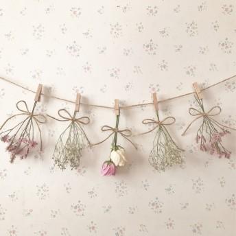 パステルピンクのバラのふんわりのガーランド