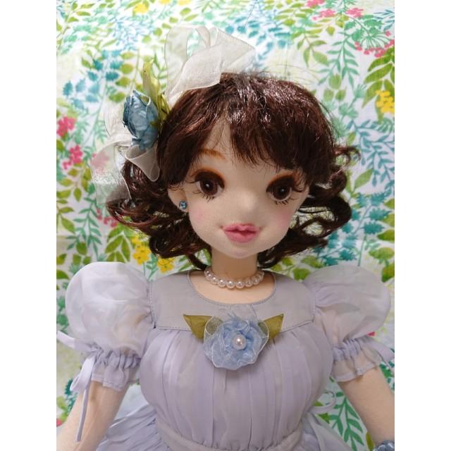 (布製着せ替え人形)シフォンドレスの少女