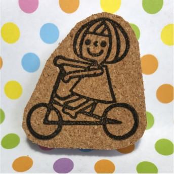 自転車に乗ってる女の子はんこ