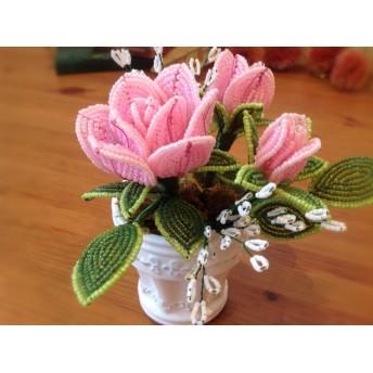 アレンジ ピンクのバラとカスミソウ