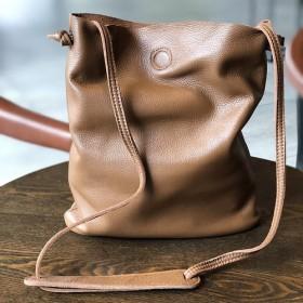 新作自然派レデイースシンプル高級牛革ショルダーバックポーチ付きカジュアルバッグ