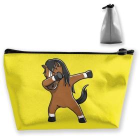かわいい軽快な馬 収納ポーチ 化粧バッグ 大容量 台形 収納袋 小銭入れ 小物用ケース 携帯便利 防水 出張 旅行
