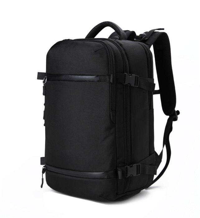 【加賀皮件】潮流 大容量 可插拉桿 17吋 商務包 筆電後背包 後背包 黑色 OZ8983
