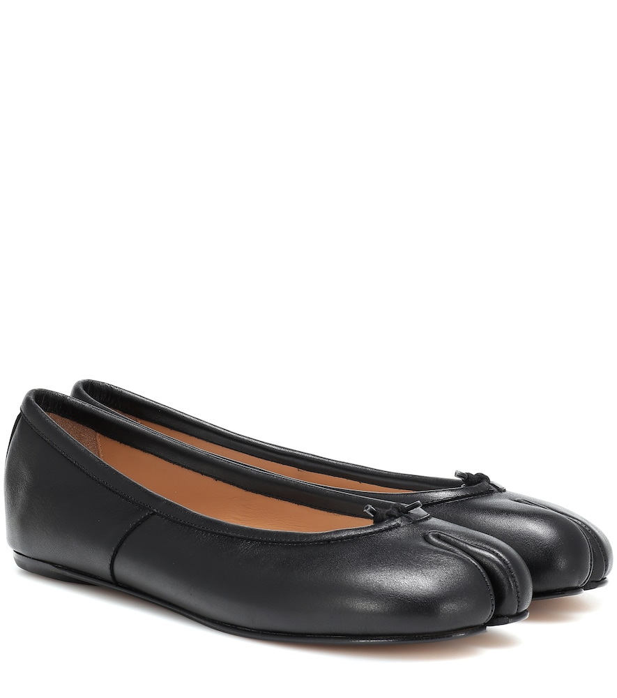 Tabi leather ballet flats
