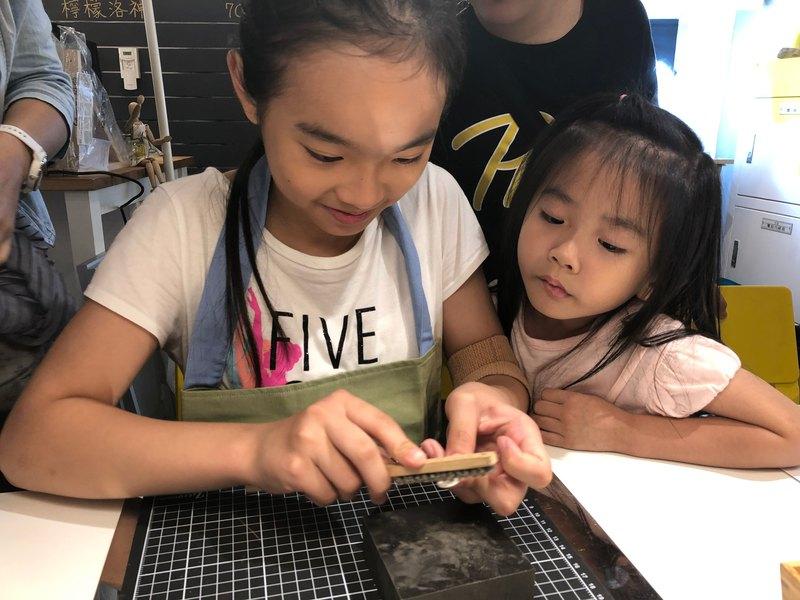 【小小銀匠】拓印拓銀/純銀飾品/根據孩子想法 DIY 客製化金工體