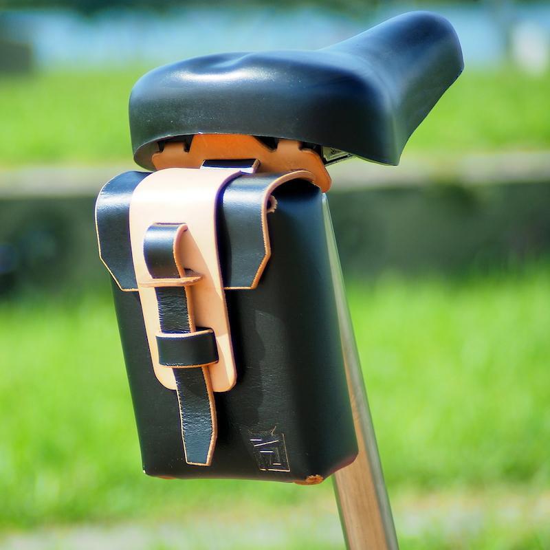 解構主義系列腰包/工具包+椅墊固定座 優惠組合 原皮色腰包+原皮色固定座