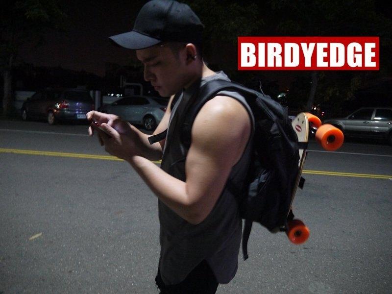 BIRDYEDGE電動滑板 品牌設計 滑板後背包 滑板包