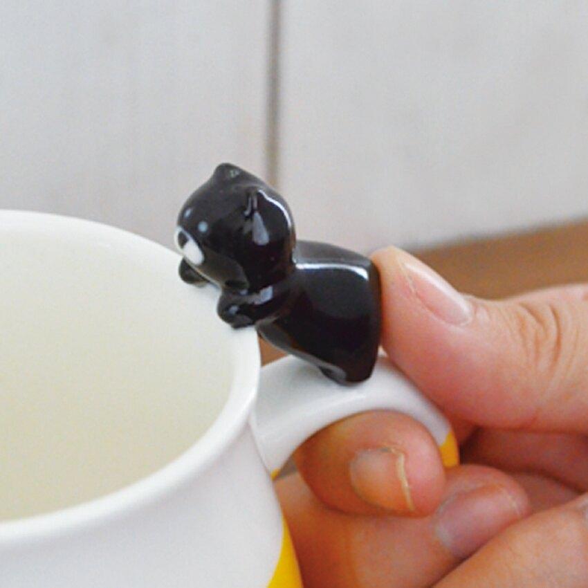日本Decole黑貓的抓魚異想-黑貓杯緣子馬克杯