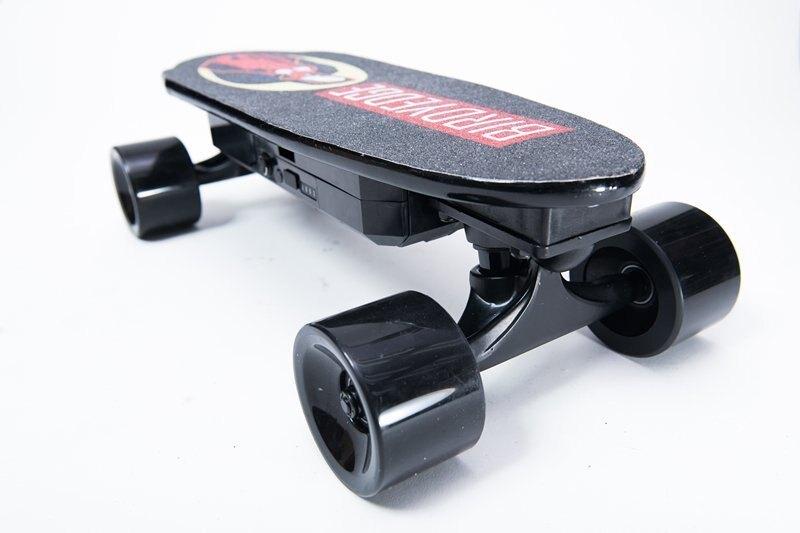 BIRDYEDGE設計師 聖母 可拆卸 電動滑板  USB充電 行動電源 台灣電動滑板設計