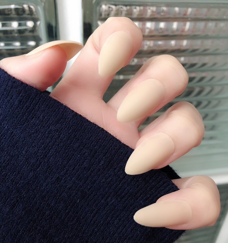 現貨~ NE0087  米膚色磨砂 歐美風假指甲成品美甲甲片長款尖頭純色指甲貼粘貼指甲片24片盒裝