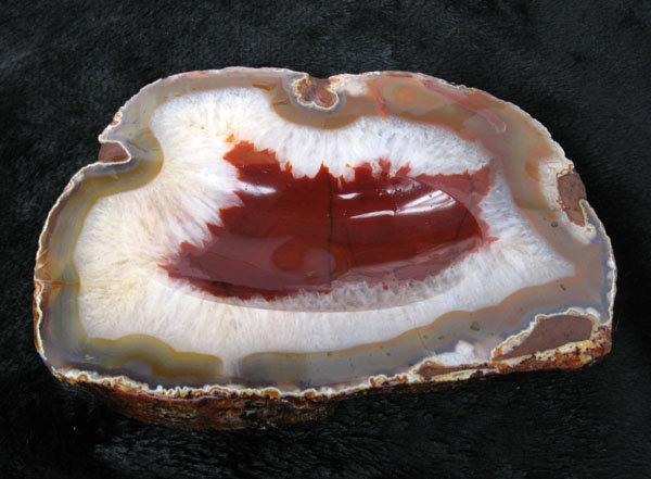 紅獅子原色水晶瑪瑙聚寶盆煙灰缸擺件15.7公分毛筆硯臺