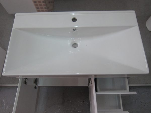 寬90大坪數 浴室推薦  洗臉盆+浴櫃(吊櫃)+水龍頭+全部配件  100%防水PVC發泡板鋼琴烤漆