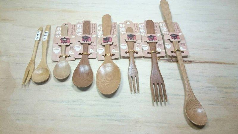 【八八八】e網購~【原木牛奶匙K3161】731616湯匙 湯勺分菜匙 小朋友湯匙叉子木製餐具 水果叉