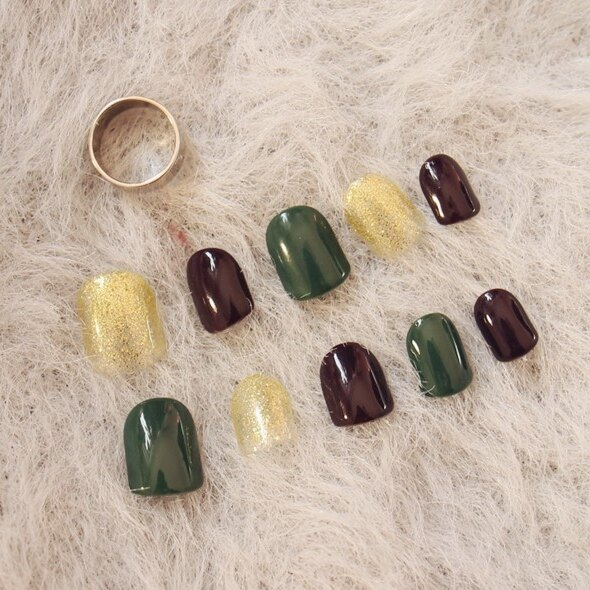 【現貨】NWP0029 墨綠閃粉金高品質光療跳色 假指甲貼片 韓版少女 指甲貼 美甲成品