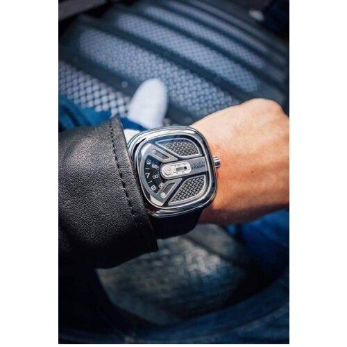 【SEVENFRIDAY】城市冒險家機械腕錶-M1B-01