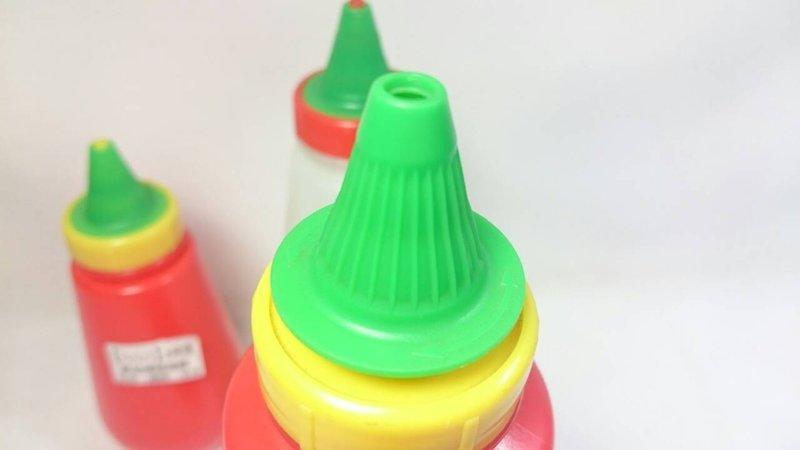 【八八八】e網購~【不提供選色 小美瓶(中)】006065 胡椒罐 辣椒粉罐 調味罐 醬料瓶 辣椒罐