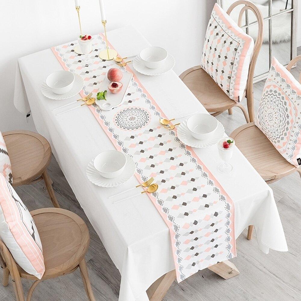 時尚可愛空間餐桌布 茶几布 隔熱墊 鍋墊 杯墊 餐桌巾桌旗 547 (30*160cm)