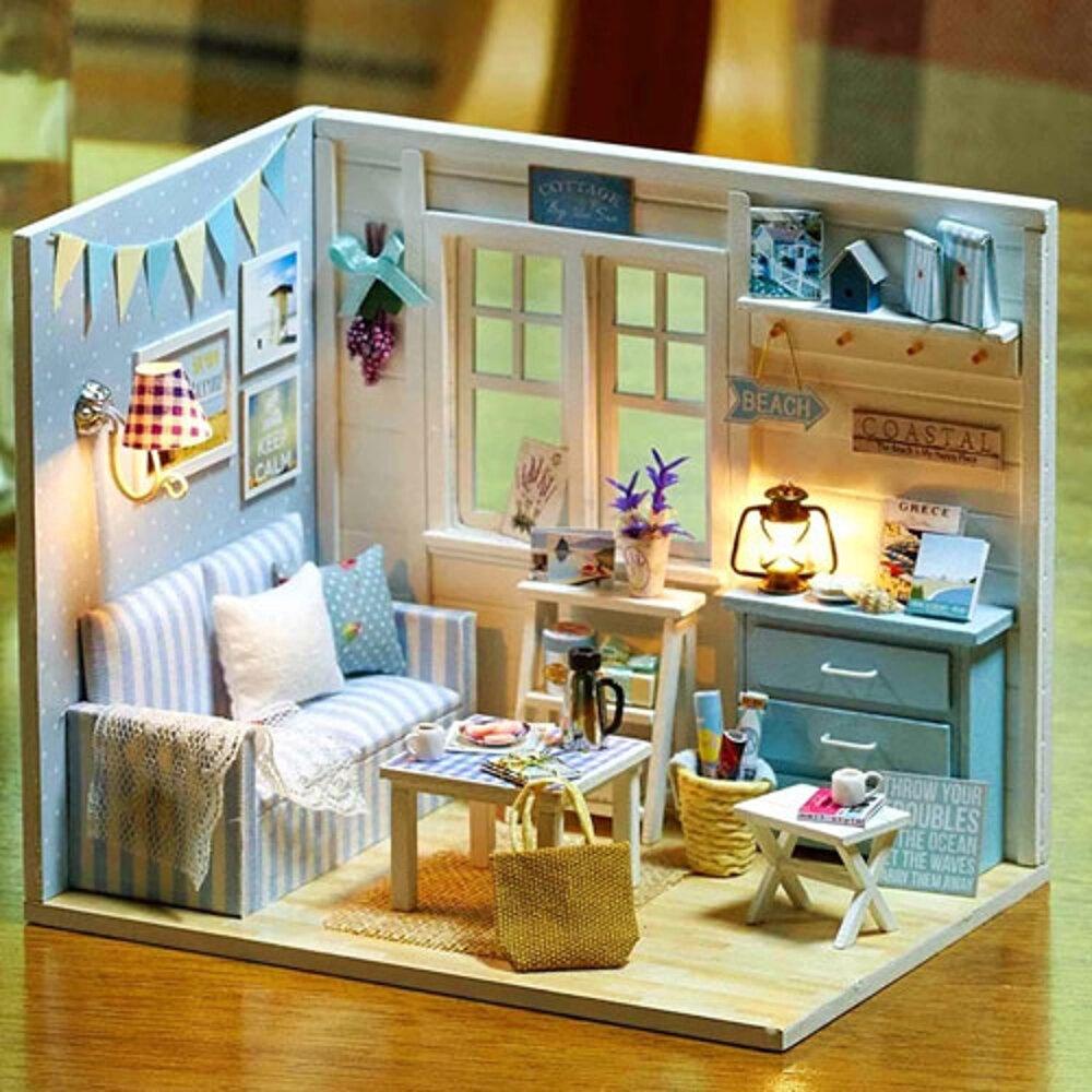 【WT16122122】 手製DIY小屋 手工拼裝房屋模型建築 含展示盒-清新陽光