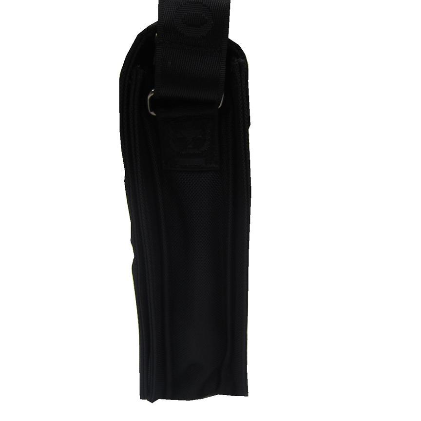限時 滿3千賺10%點數↘   ~雪黛屋~OVER-LAND 肩側包中容量主袋+外袋共七層扁型包設計三層主袋口防水尼龍布材質中性款男女適用T5260