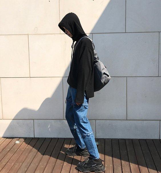 FINDSENSE H1秋季 新款 日本 簡約 純色 時尚 寬鬆 運動休閒長袖 套頭 連帽衛衣 潮男 上衣