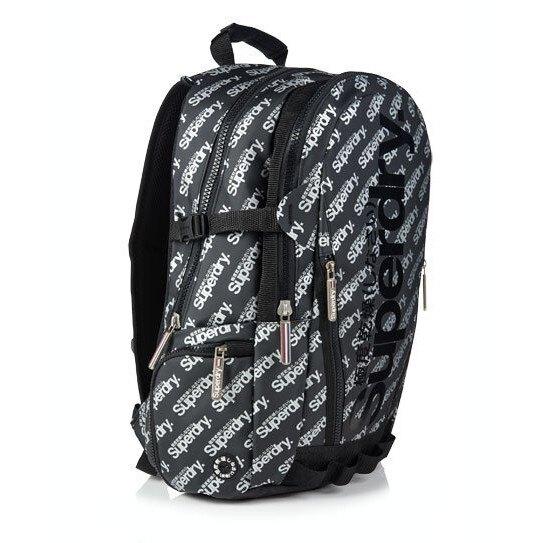 跩狗嚴選 正品 極度乾燥 Superdry Bag 反光Logo 印花 黑色銀字 後背包 筆電包 多夾層 防水 背包