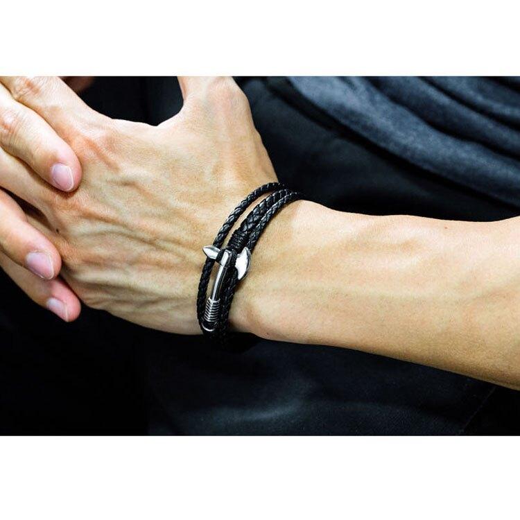 【5折超值價】經典潮流斧頭造型鈦鋼皮手環