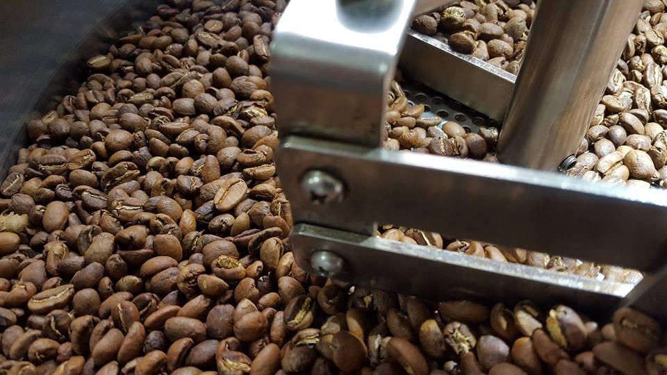 【路人咖啡】義式配方豆.瓜地馬拉 x 哥倫比亞.中深焙.250克 ✯適合牛奶調飲、義式濃縮