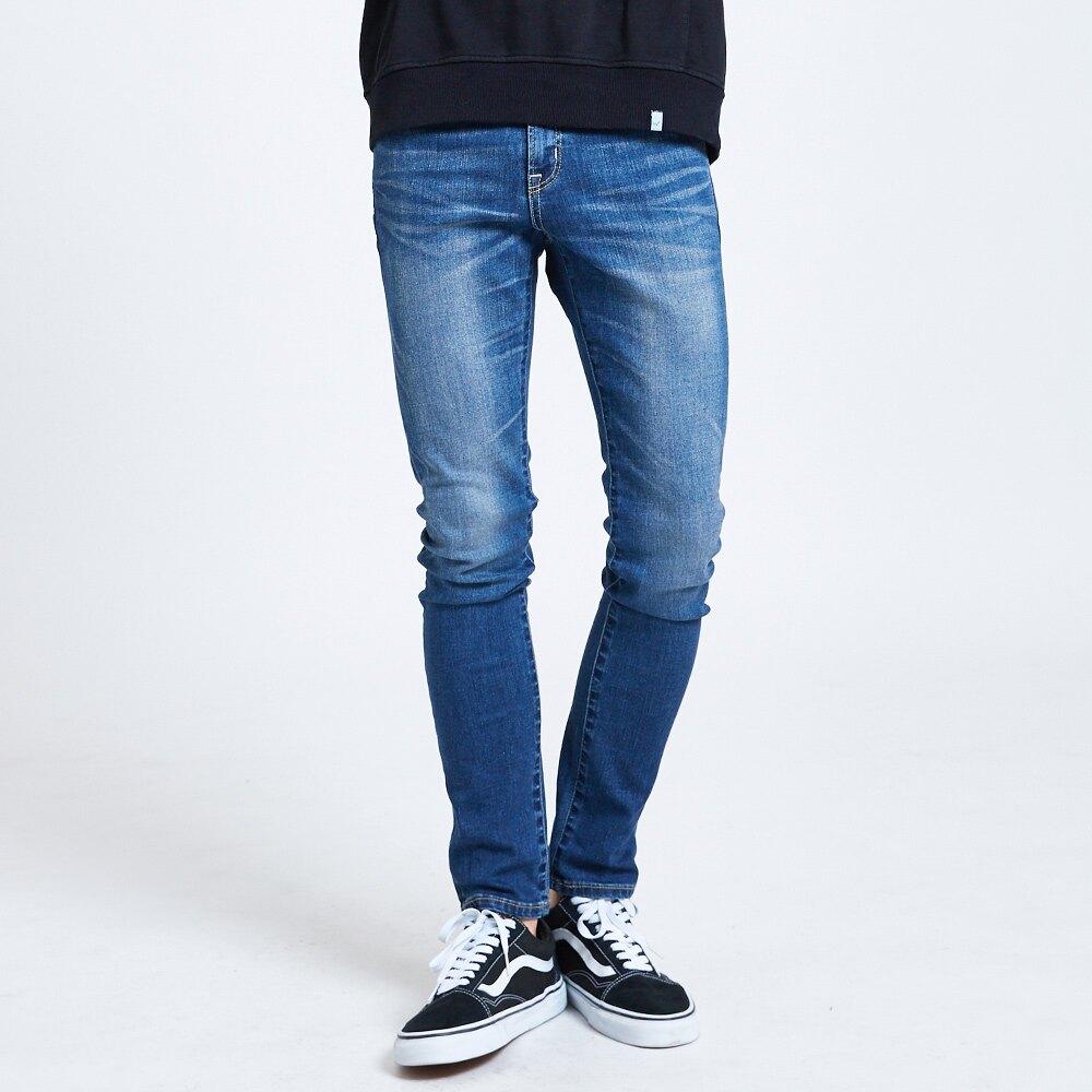 【領券滿1,200再折120】新品↘EDWIN 503 BASIC 大尺碼 輕量涼感 窄直筒牛仔褲-男款 石洗藍 SLIM