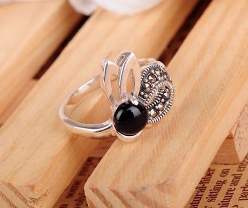 宮廷複古銀戒指 銀大耳朵兔子指環女鑲瑪瑙貝殼